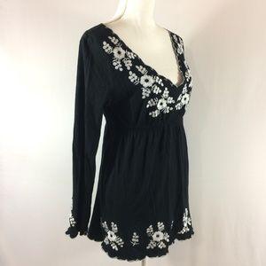 BCBGMaxazria L long sleeve tunic pullover L v neck